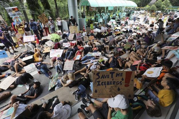 Protest v Thajsku.