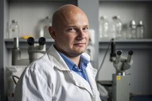 Virológ Boris Klempa z Biomedicínskeho centra Slovenskej akadémie vied získal medzinárodné ocenenie.