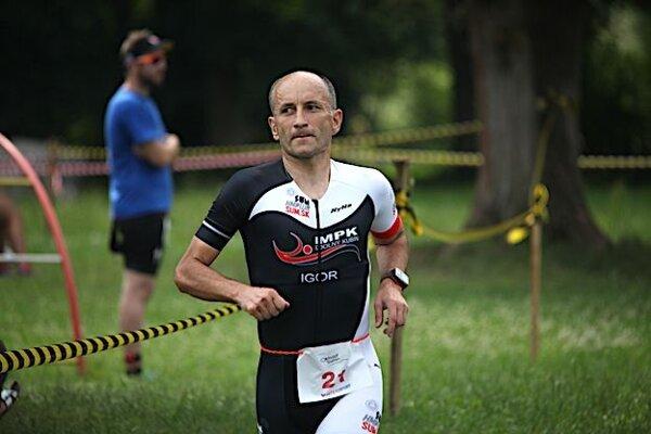 Igor Otepka mal smolný pád na bicykli.