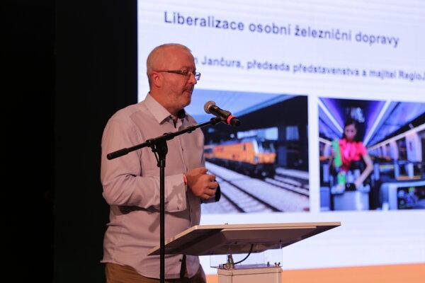 Radim Jančura na konferencii o doprave Cesta bez hraníc v Žiline.