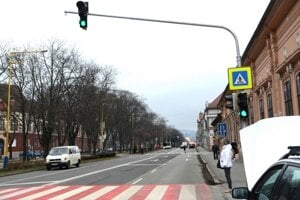 Moyzesova ulica je dnes významnou dopravnou tepnou.