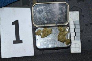 Marihuana, ktorú našli u mužov.