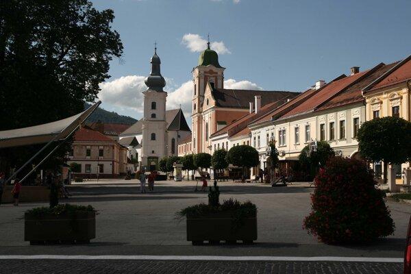 Rožňavská katedrála a kostol sv. Anny