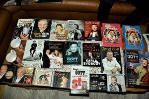 Jozef Urbanovský vlastní množstvo Gottových kníh a CD.