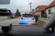 Policajti zadržali obe vodičky, ktoré boli pod vplyvom alkoholu.