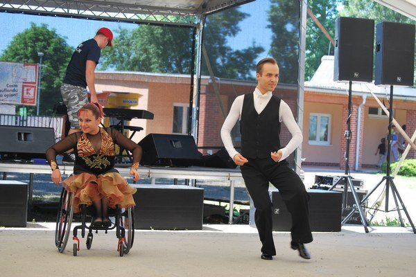 Tanečná hviezda na vozíku Helena Kašická s partnerom Martinom Šolcom