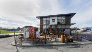 McDonald´s otvoril na Slovensku novú reštauráciu. Po piatich rokoch