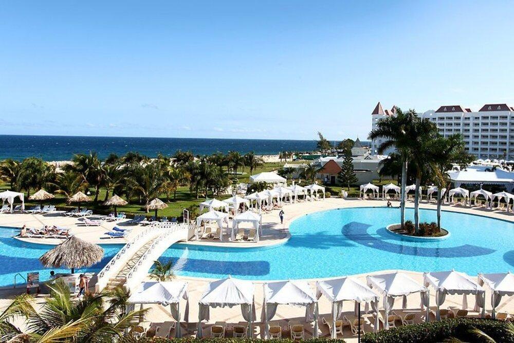 Luxury Bahia Principe Runaway Bay 5*, Jamajka
