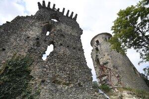 Hrad Slanec má veľký potenciál prilákať turistov.