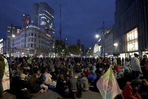 Dnešný Berlín - veľa ľudí, málo bytov.