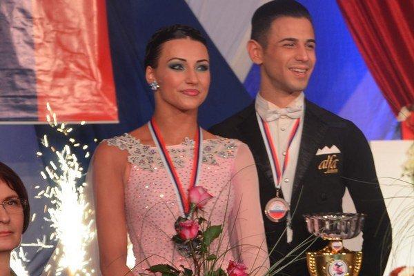 Simona Brecíková a Matteo Cicchitti sa stali vicemajstrami Slovenska v štandardných tancoch.