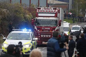 Kamión, v ktorom našli 39 tiel.