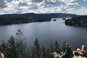 Hidden Cove je jednou z možností na poldenné výlety do okolia Vancouveru.