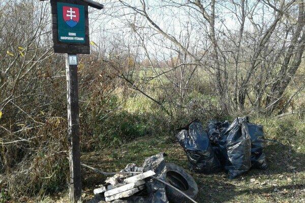 Slovenský raj, územie európskeho významu. Končí tu odpad z blízkych  osád.