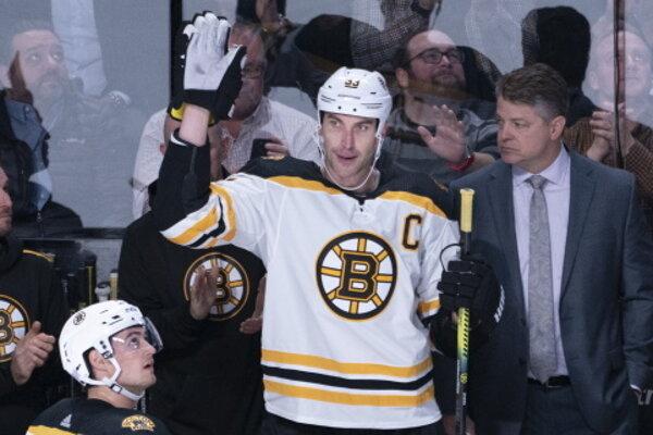 Zdeno Chára odohral zápas číslo 1500 v NHL.