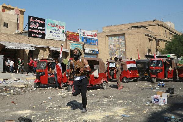 Protesty v Iraku pokračujú.