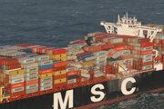 Kontajnery na palube nákladnej lode MSC Zoe.