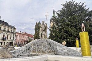 V Prešove už inštalujú aj vianočnú výzdobu.