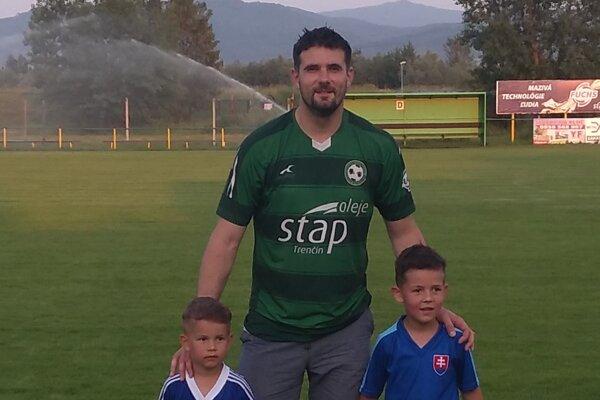 Ján Bahno aj so synmi.