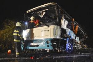 Autobus po nehode.