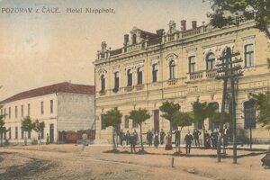 Zanikol aj hotel Klappholz.