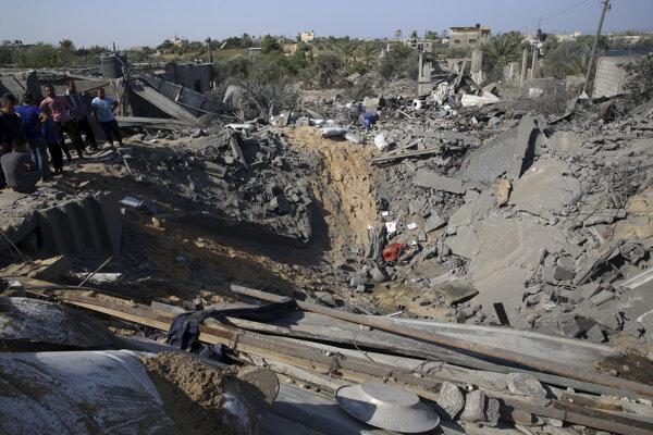 Následky útoku izraelskej armády na juhu Gazy.