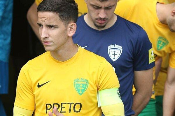 Jakub Paur sa na začiatku sezóny rozohrával v B-tíme MŠK Žilina. V tomto tíme sa ocitol aj v pozícii kapitána.