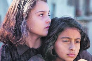 Seriál Geniálna priateľka vznikol v produkcii HBO, vysiela ho RTVS.