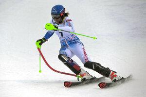 Petra Vlhová počas slalomu Svetového pohára 2019/2020 v Levi.
