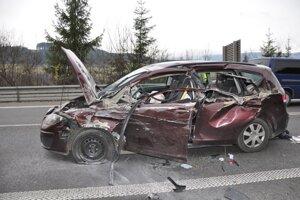 V aute sa zranil vodič aj dieťa sediace za ním.