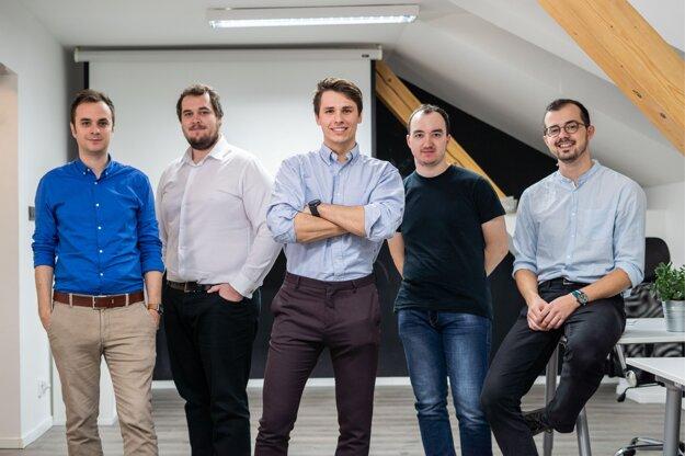 Tím spoločnosti S-Case (zľava): Slavomír Hruška, František Kudlačák, Martin Pekarčík, Denis Čapkovič a Ján Forgáč.