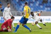 Ibrahim Rabiu strieľa svoj prvý gól v sezóne v zápase 18. kola Fortuna ligy 2019/2020 ŠK Slovan Bratislava - FC FC DAC 1904 Dunajská Streda.