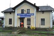 V niektorých staniciach si cestujúci lístky na vlak nekúpia.
