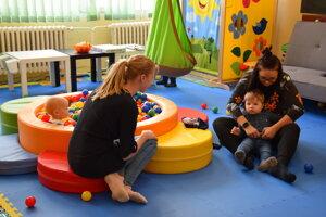 Nová komunitná klubovňa pre rodičov s deťmi.