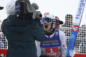 Marius Lindvik po výhre v Innsbrucku v rámci Turné štyroch mostíkov 2019/2020.