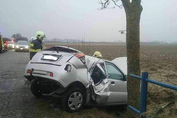 Rozbité Suzuki po nehode.