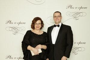 Zuzana Zimenová, poslankyňa Národnej rady Slovenskej republiky, analytička vo vzdelávaní, odborníčka na inkluzívne vzdelávanie so synom Romanom
