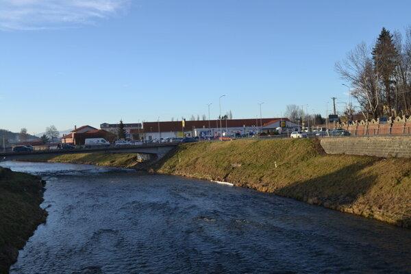 Poškodený most v Kežmarku.