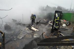 Požiar v Košiciach. Hasiči našli tri deti bez známok života.