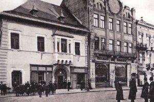 Kaviareň Royal, dnes Slávia.