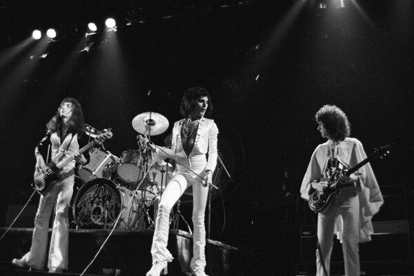 Queen, Hammersmith Odeon Londýn, 1975.