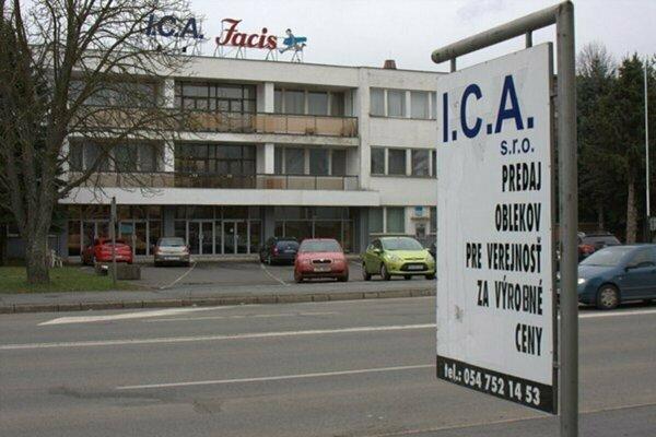 Bývalá odevná firma vo Svidníku.