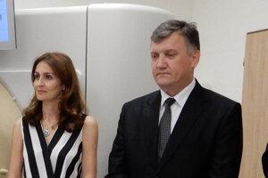 Bývalá ministerka zdravotníctva Andrea Kalavská a generálny riaditeľ popradskej nemocnice Peter Petruš.