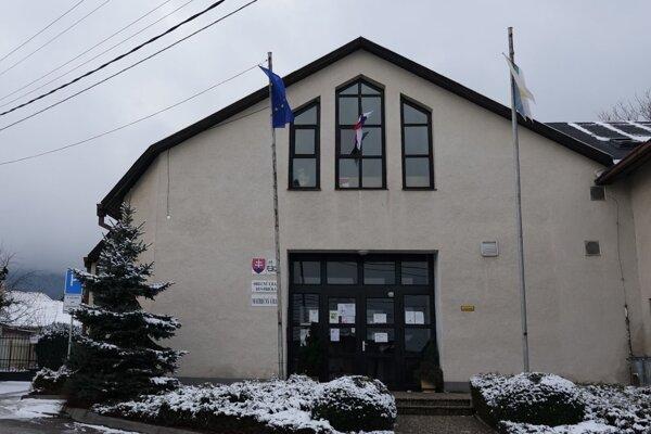 Obecný úrad Bystrička.