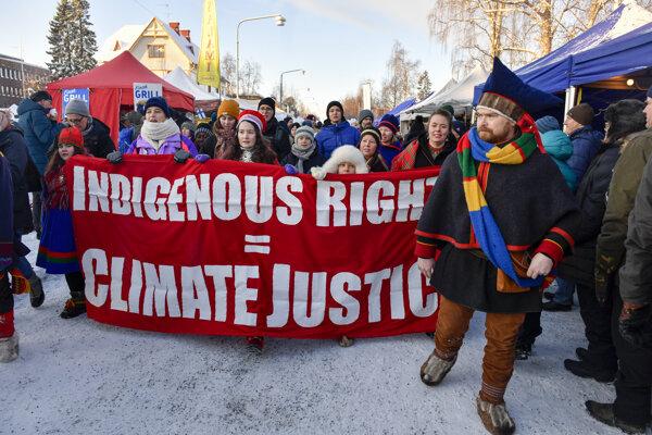 Protest komunity domorodého obyvateľstva Saamov.