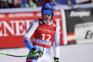 Petra Vlhová v cieli super-G v Garmischi.