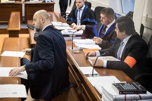 Na súde sú prítomní obaja obžalovaní Pavol Rusko aj Marian Kočner.