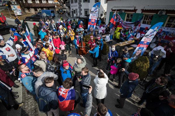 Slovenskí fanúšikovia v Kranjskej Gore.