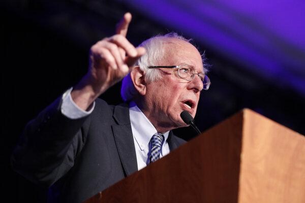 Demokratický kandidát Bernie Sanders.