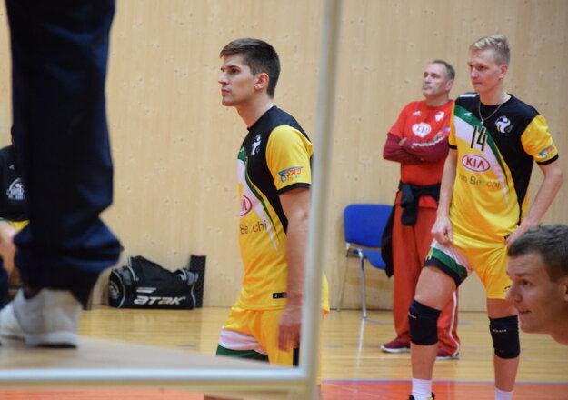 Martin Jančura (vľavo) pôsobí v aktuálnej sezóne v žilinskom drese.